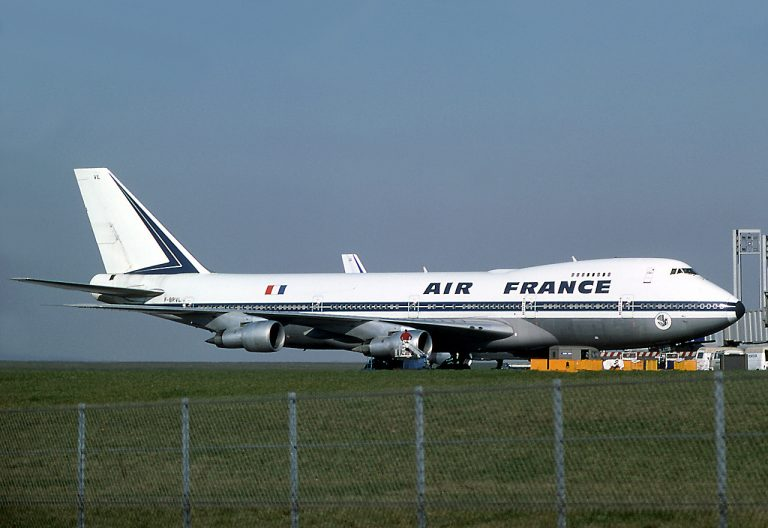 Boeing 747-100 AIR FRANCE - Cutaway