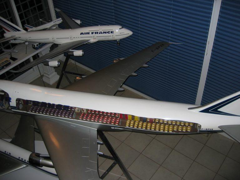 B 747 AF 032
