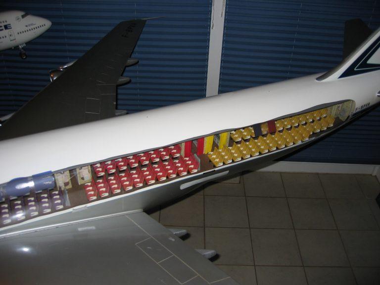 B 747 AF 037