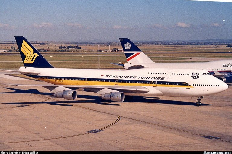 B747 300 SIA 3