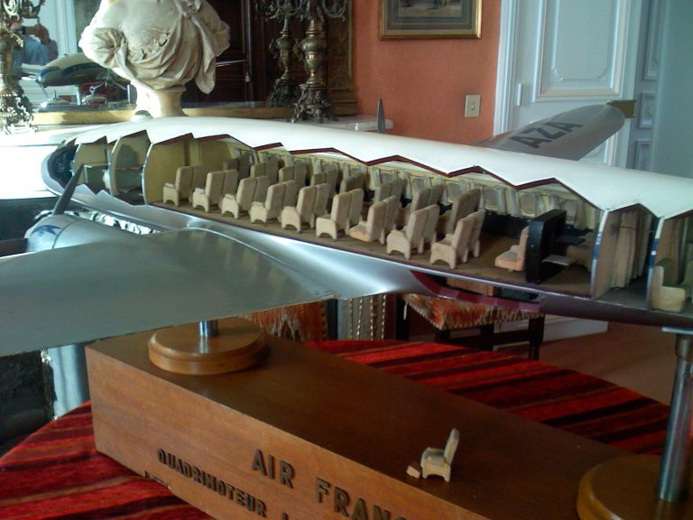 Lockheed Constellation AIR FRANCE 1/20th Scale Cutaway Model