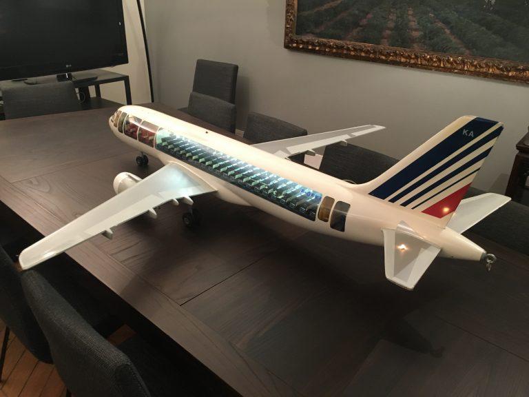Airbus A320 AIR FRANCE au 1/25ème Cutaway